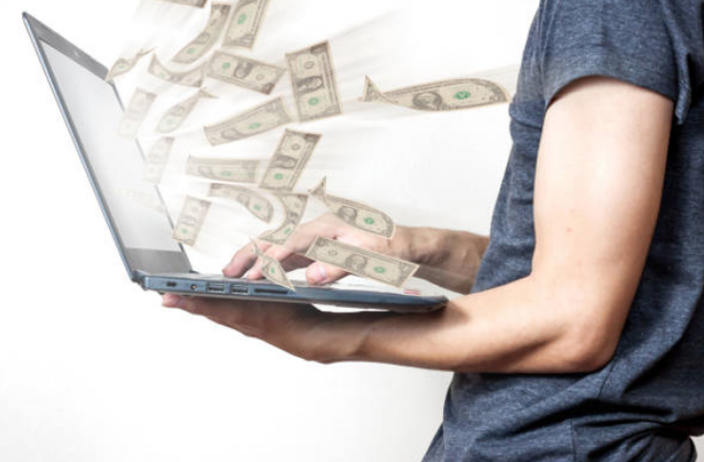 como ganhar dinheiro na internet trabalhando